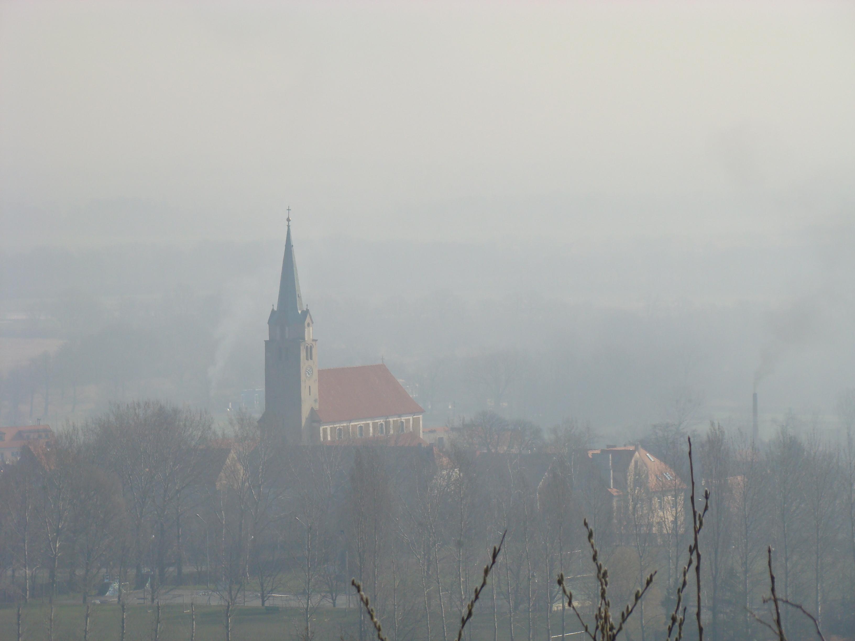 widok z okolic schroniska 'pod Wieżycą'