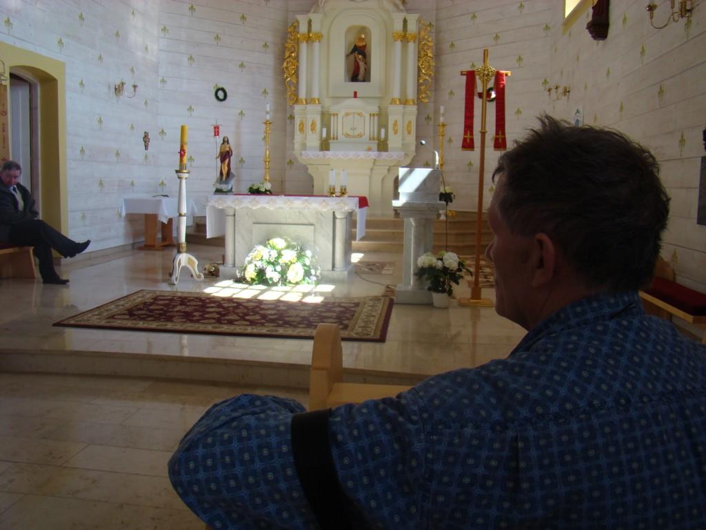 Andrzej w kościele w Czarnowąsach