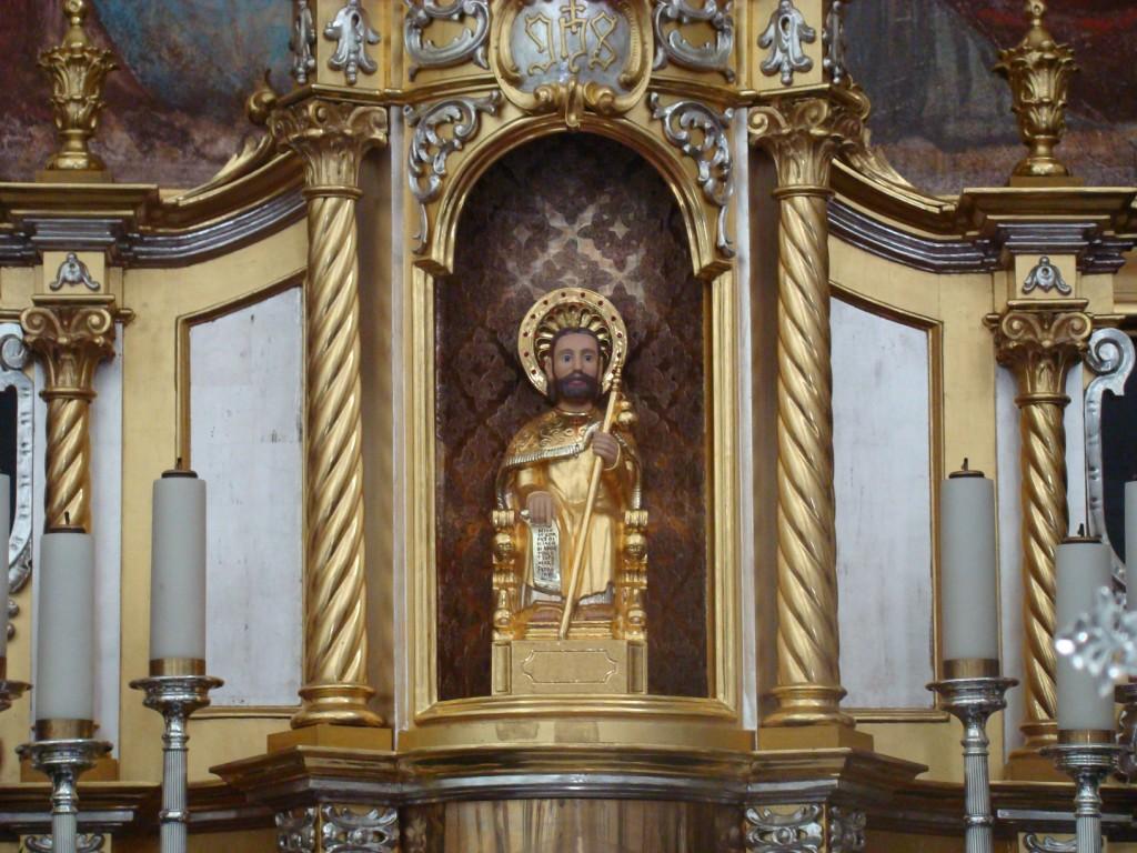 Kopia figury św. Jakuba z katedry w Santiago w kościele w Tuchowie