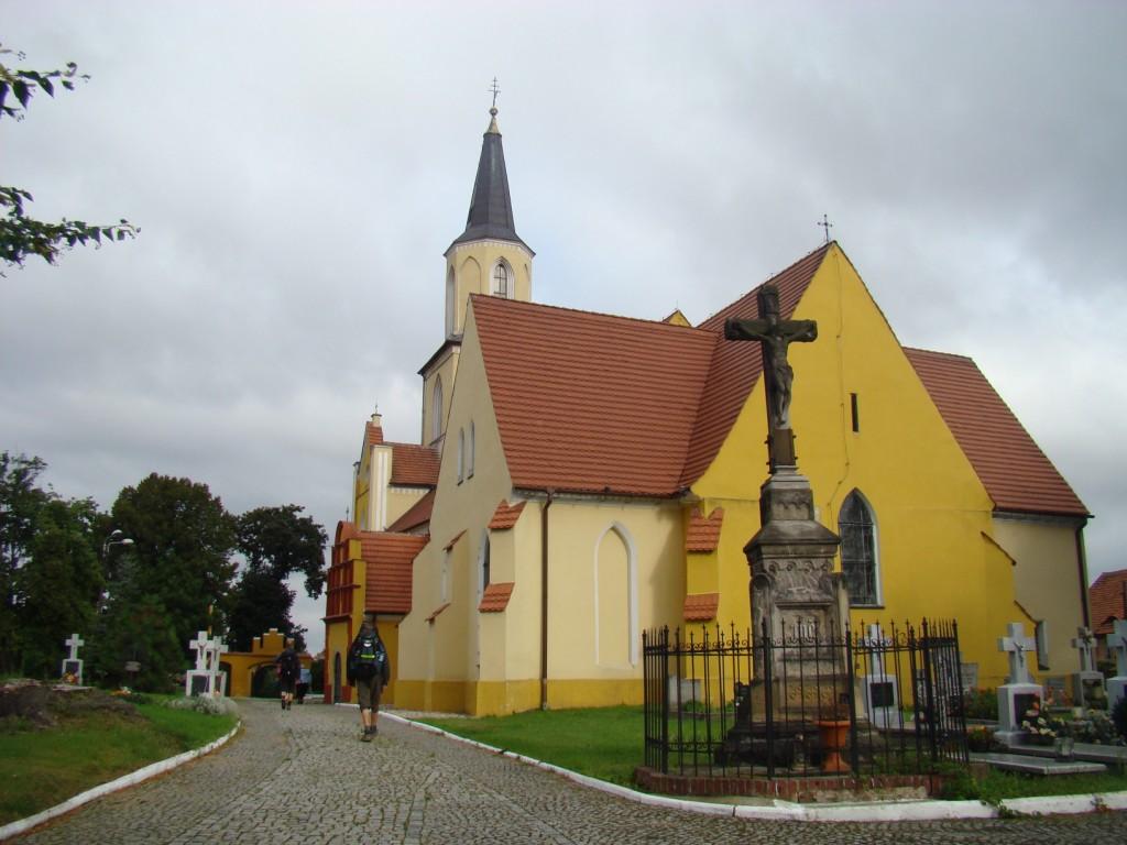 kościół w Kostomłotach